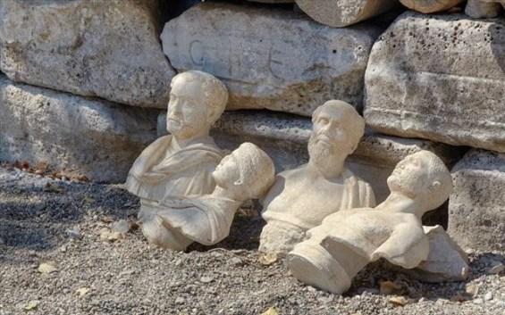 αρχαία αγάλματα