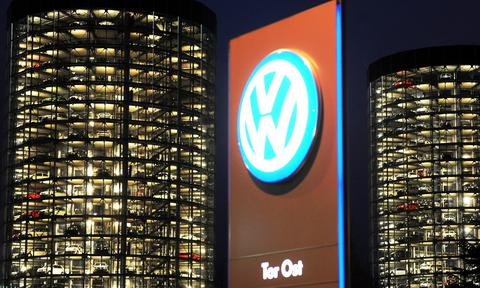 Volkswagen issues third-quarter profit warning amid exhaust scandal