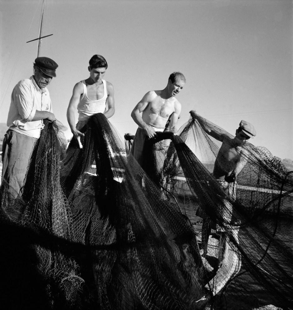 Εικ.1 Βούλα Παπαϊωάννου, Αίγινα, 1950-1955 © Φωτογραφικό Αρχείο Μουσείου Μπενάκη