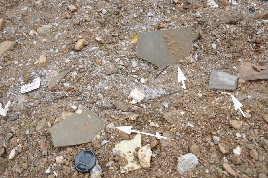 Στοιχεία αμιάντου στο χώμα από την περιοχή της κατεδάφισης