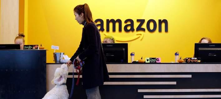 Η Amazon κατοχύρωσε ηλεκτρονικό βραχιόλι για να παρακολουθεί τους  υπαλλήλους της b8eb5383ce8