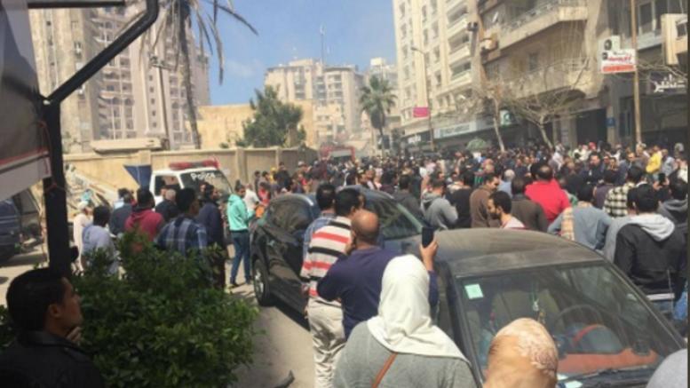 Έκρηξη παγιδευμένου αυτοκινήτου στην Αλεξάνδρεια, δύο νεκροί