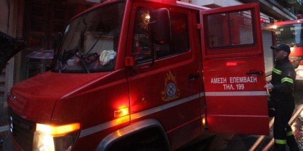 Ζημιές 2.5000 ευρώ από φωτιά σε κατάστημα με ψιλικά στη Ν.Ιωνία