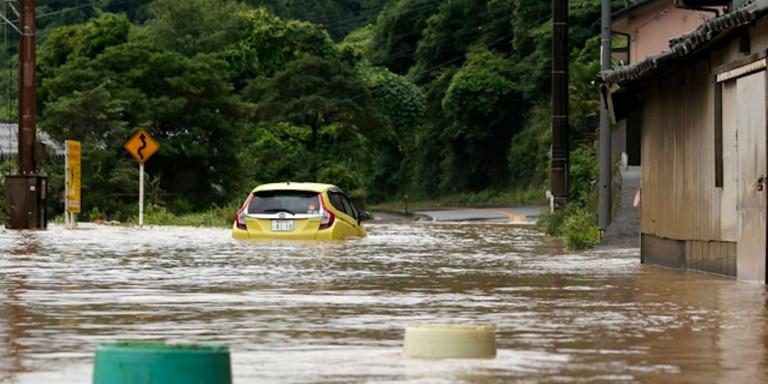 Φονική κακοκαιρία στην Ιαπωνία: Δεκάδες νεκροί και αγνοούμενοι από πλημμύρες και κατολισθήσεις