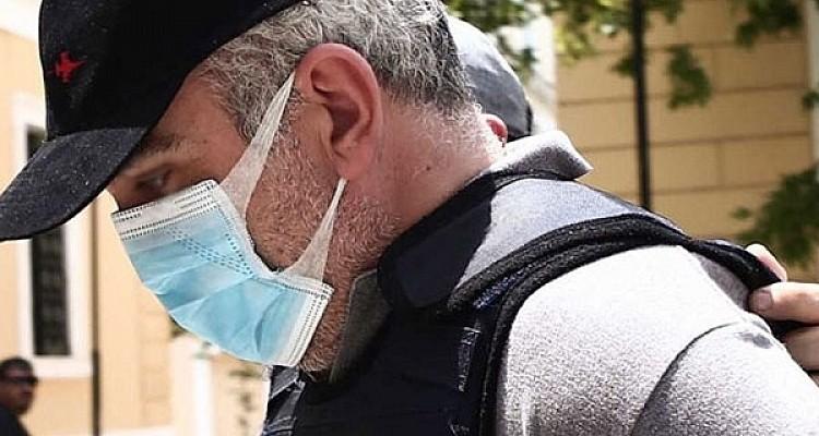 Nέες αποκαλύψεις για τον ψευτογιατρό: Ετοίμαζε «κλινική» στο Ελληνικό με αερομεταφερόμενους ασθενείς από τις ΗΠΑ