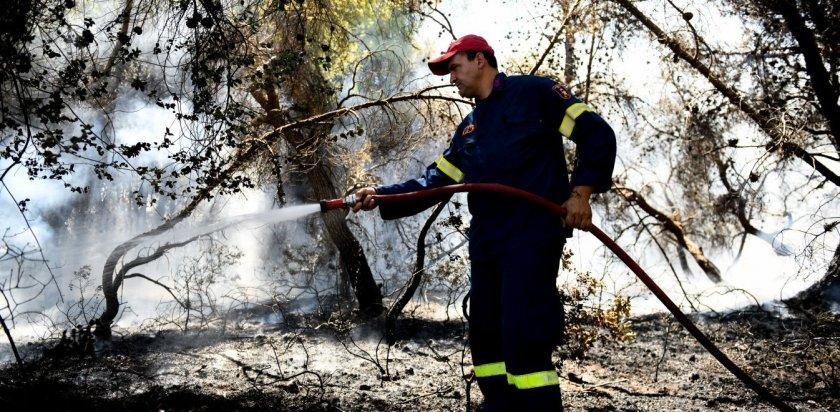 Ικαρία: Μεγάλη πυρκαγιά σε δασική έκταση – Εκκενώθηκαν τέσσερις οικισμοί