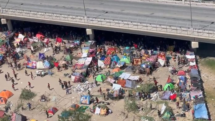 https://i1.wp.com/e-today.us/wp-content/uploads/2021/09/more-images-emerge-of-haitian-migrant-surge-at-del-rio-as-numbers-soar-past-11000-1024x576.jpg?resize=696%2C392&ssl=1