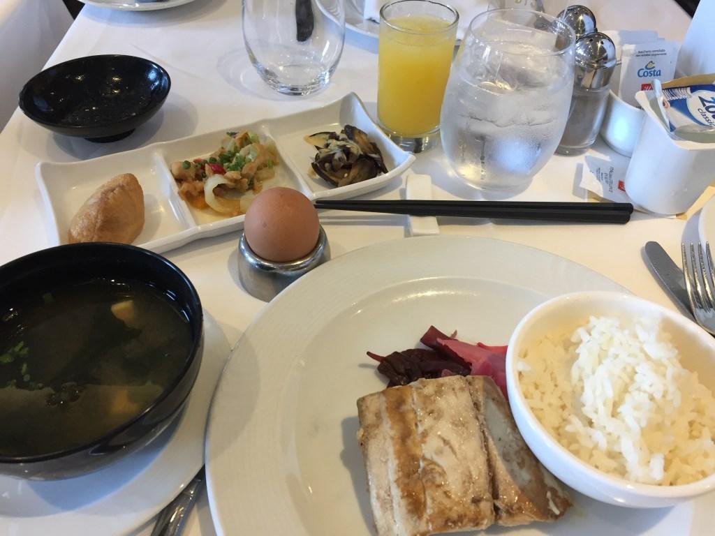 ネオロマンチカの朝食