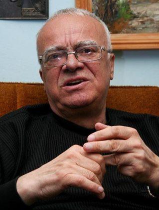Резултат с изображение за Проф. Юлиан Вучков