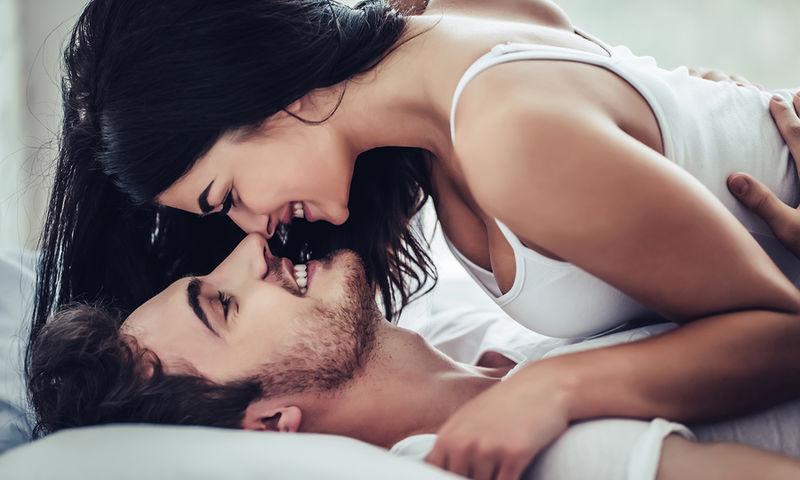 Πρωκτικό σεξ και πόνος στην πλάτη