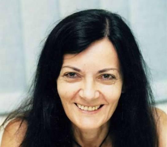 Η Πέπη Ρηγοπούλου σε εκδήλωση του 4ου Λυκείου Βόλου για την επέτειο του Πολυτεχνείου