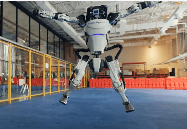 テクノロジー雑感&動画紹介:【ヒューマノイド(人型)ロボット『アトラス』:ダンス動画&戦闘ロボット動画 】
