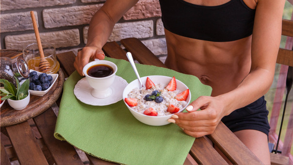 11 cosas que le pasan a tu cuerpo si consumes avena a diario