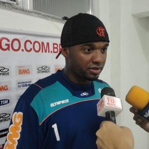 Apesar do impasse, diretoria do Flamengo está otimista em relação ao contrato do goleiro Felipe