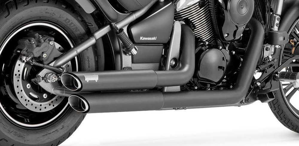 vance hines twin slash staggered dual exhaust system for kawasaki black 18397