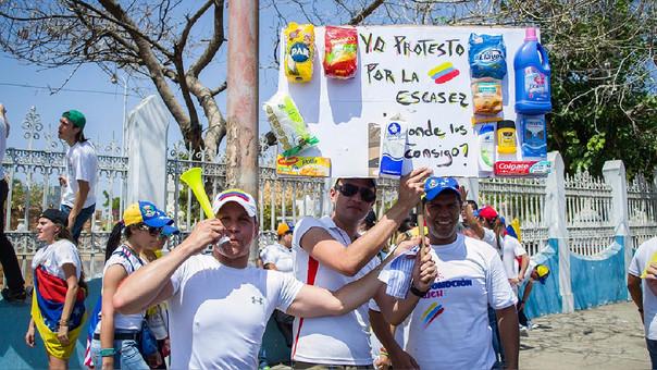La falta de divisas provocó que se reduzcan las importaciones venezolanas.