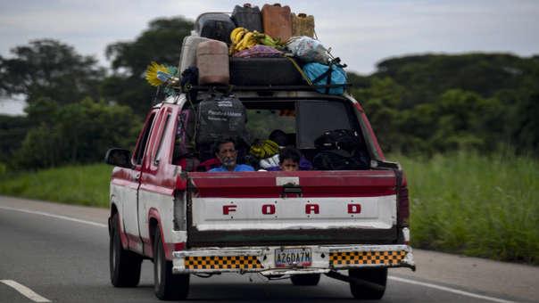 En los estados fronterizos de Venezuela con otros países se mantiene el contrabando de combustible.