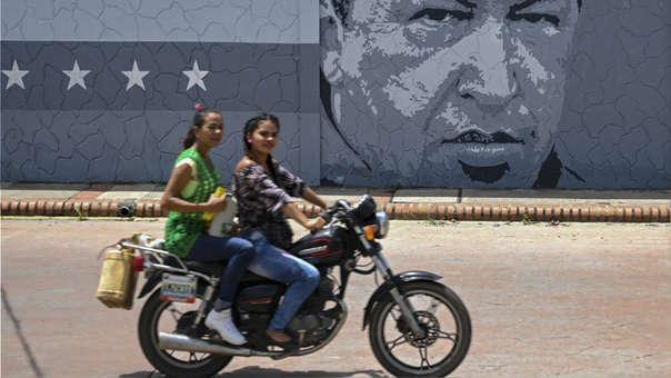 La escasez de gasolina se ha extendido paulatinamente en las ciudades del interior de Venezuela, en especial en estados fronterizos.