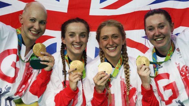 Elinor Barker (2L) and Katie Archibald (R) were half of Team GB's pursuit winning squad