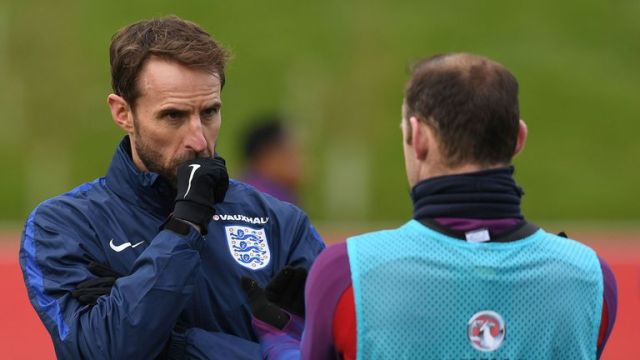 England manager Gareth Southgate says he will not dismiss the possibility of Rooney returning to the England squad