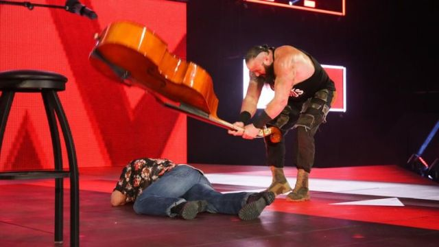 Braun Strowman laid out Elias with a double bass