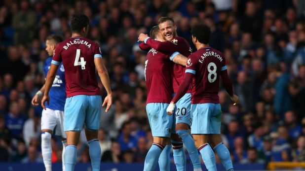 The Renault Super Sunday panel discuss West Ham's win at Everton