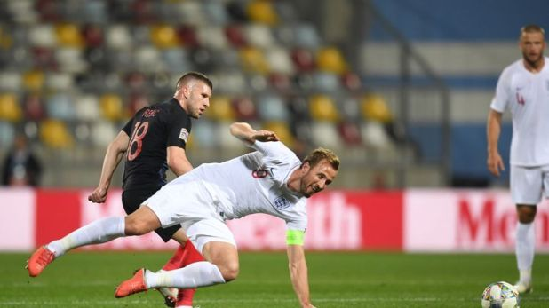 Ante Rebic beats Harry Kane to the ball
