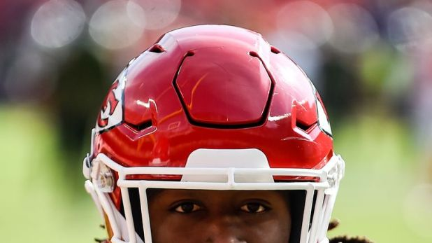 Kareem Hunt has been cut by the Kansas City Chiefs