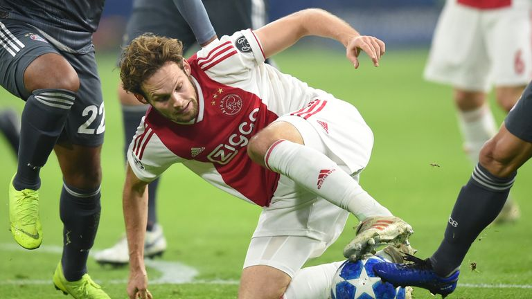 ajax 2 1 pec zwolle match report