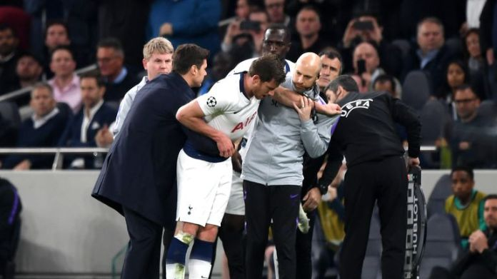 Jan Vertonghen collapsed moments after returning to the pitch