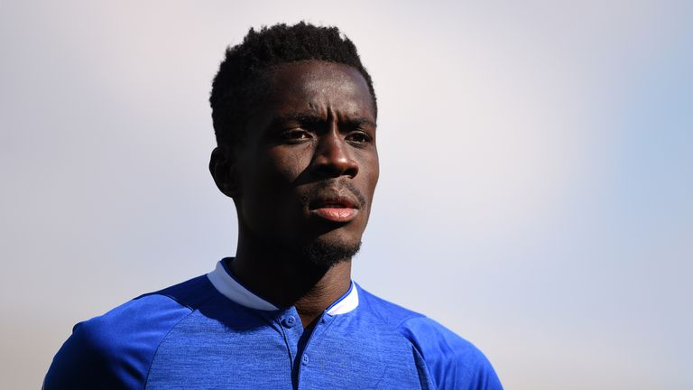 PSG have paid Everton a fee in the region of £29m for Idrissa Gueye - Sky sources