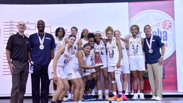 US Central players celebrate their victory at the Jr. NBA Global Championship