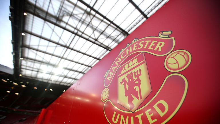 The Manchester United fan group MUST declare that their fans have been mistreated in Bruges