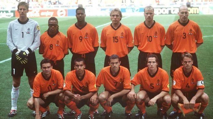Drużyna holenderska wyprzedza półfinał przeciwko Włochom