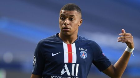 Kylian Mbappe: France And Paris Saint-Germain Striker Tests Positive For  Coronavirus | Football News | Sky Sports