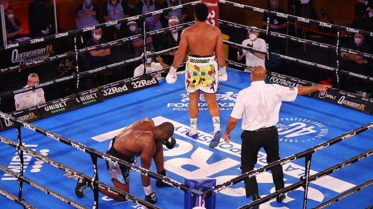 Joyce stopped Dubois in the 10th round