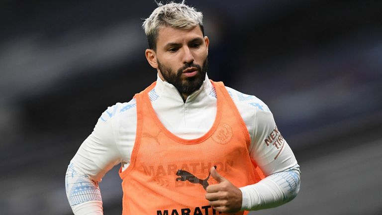 Manchester City's Argentinian striker Sergio Aguero warms up during the English Premier League football match between Tottenham Hotspur and Manchester City at Tottenham Hotspur Stadium in London, on November 21, 2020. (Photo by NEIL HALL / POOL / AFP) / RESTRICTED TO EDITORIAL USE.