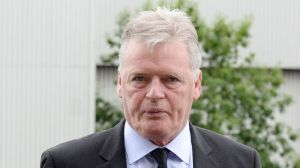 Gordon McQueen: Former Manchester United, Leeds United and Scotland defender diagnosed with dementia    Football News