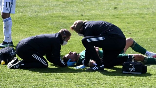 George Baldock was assessed by Sheffield United's medical staff before being substituted