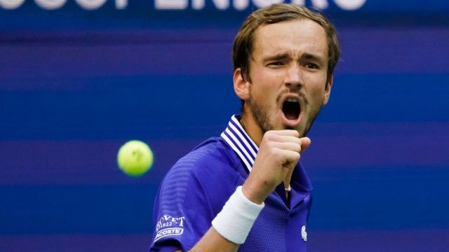 US Open: Daniil Medvedev makes it through to his second final in New York    Tennis News   Sky Sports