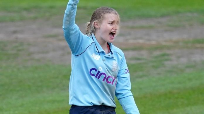 Spinner Charlie Dean took four wickets to clinch England's 13-run win against New Zealand