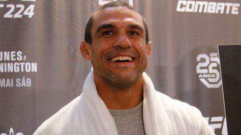 Brazilian UFC veteran Vitor Belfort was due to take on De La Hoya on September 11