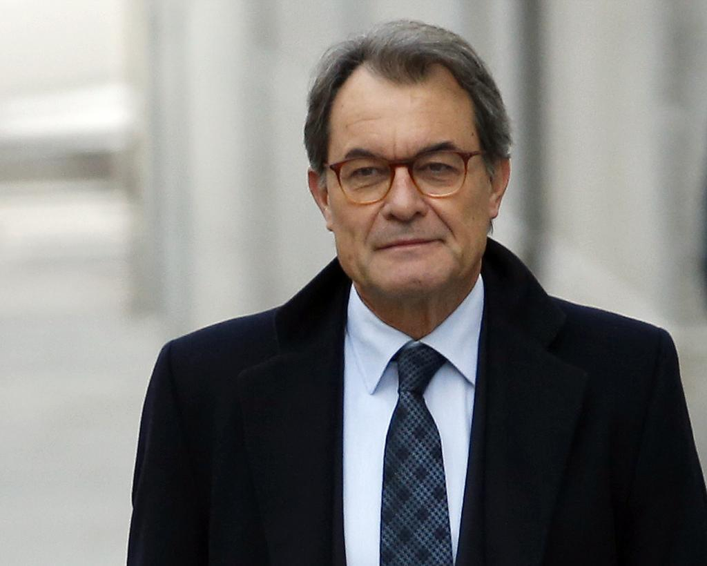 El Ex Presidente De La Generalitat Artur Mas Javier Barbanchoel Mundo