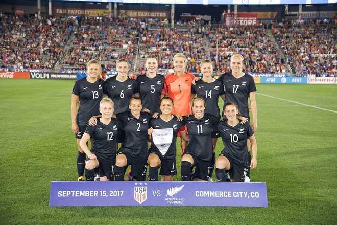 La selección femenina de fútbol de Nueva Zelanda cobrará igual que la  masculina | Fútbol