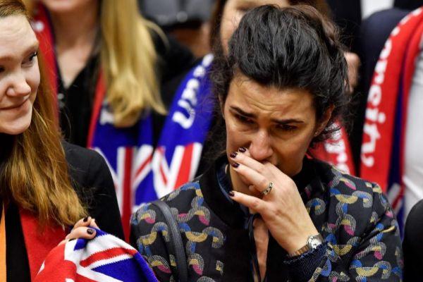 Resultado de imagen de eurodiputados llorando