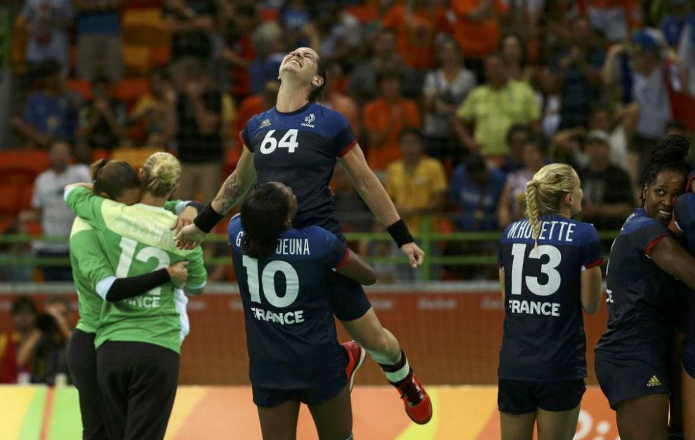 Las jugadoras francesas muestra su júbilo al término de su semifinal