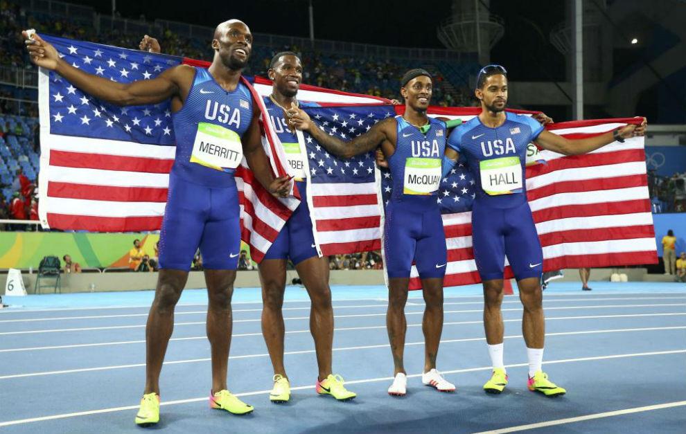 Los cuatro estadounidenses, tras ganar el oro.
