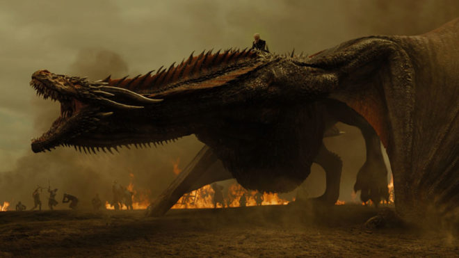 Daenerys montada en Drogon capítulo 7x04 Juego de Tronos