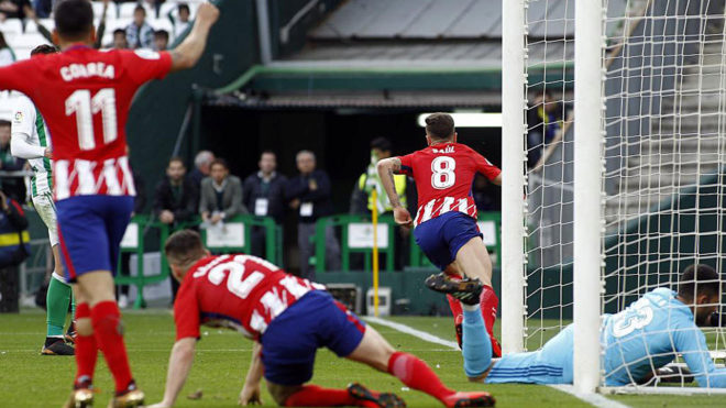 Saul scores the winner against Real Betis after Champions League...