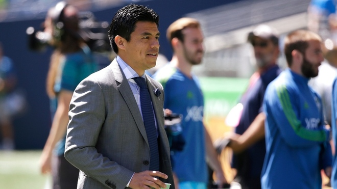 Gonzalo Pineda, Mexican former soccer player.